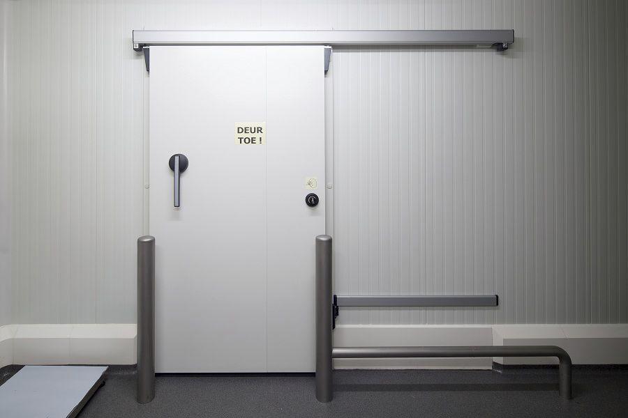 Porte coulissante en métal pour chambre froide pour lintérieur
