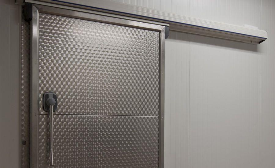Porte coulissante / en métal / pour chambre froide / automatique - R ...