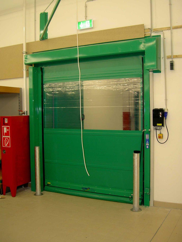 Porte à Enroulement Pour Lintérieur Industrielle Avec Issue - Porte de secours