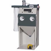 Cabine de sablage à dépression / automatique