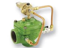 Soupape de décharge à commande hydraulique / à membrane