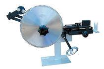 Machine de brasage semi-automatique / pour lame de scie