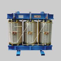 Transformateur de distribution / sec / à faible perte / triphasé