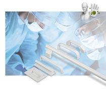 Poignée adaptable / pour applications médicales / en aluminium / avec protection