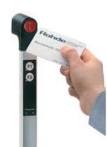 Poignée fonctionnelle / de porte / en aluminium / avec système de sécurité à transpondeur