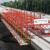 Coffrage en métal / de travée de pont / pour le béton / modulaire