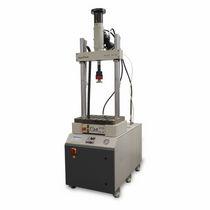 Machine d'essai multiparamètres / de matériaux / de table / hydraulique
