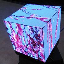 Afficheurs à matrice de points / en forme de cube / sur mesure