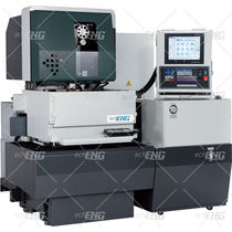 Machine d'électroérosion à fil / CNC