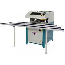 Ébavureuse d'angle pour menuiseries en PVC / automatique