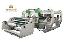 Machine de sertissage automatique / les bords