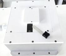 Appareil de magnétisation multipolaire / axial