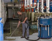Aspirateur de liquides / pneumatique / industriel / mobile