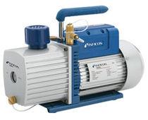 Pompe à vide à palettes / lubrifiée / bi-étagée
