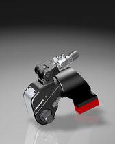 Boulonneuse hydraulique / modèle droit / à renvoi d'angle