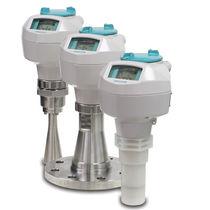 Transmetteur de niveau radar / pour liquide / pour cuve / à onde par rafale
