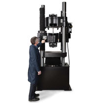 Machine d'essai de flexion / traction compression / de cisaillement / électrohydraulique