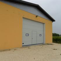 Portes sectionnelles / en métal / pour l'extérieur / de hangar