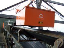 Séparateur électro-magnétique / de particule / pour applications lourdes / suspendu