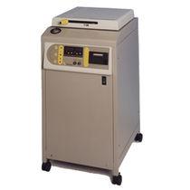 Autoclave de laboratoire / à chargement par le haut / vertical / compact