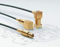 Connecteur RF / coaxial / coudé / push-pull