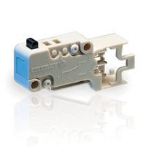 Micro-rupteur unipolaire / action momentanée / miniature / électromécanique
