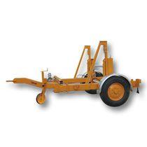 Remorque à 1 essieu / pour transport et pose de câbles / porte tourets / hydraulique