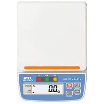 Balances benchtop / avec afficheur LCD / avec voyants de comparaison / compactes