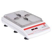 Agitateur mécanique de laboratoire / secoueur / analogique / de microplaque