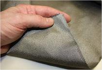 Tissu pour blindage CEM