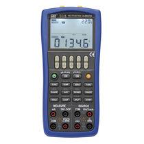Calibrateur multifonction / portable