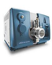 Chromatographe en phase liquide / couplé à un spectromètre de masse / de laboratoire