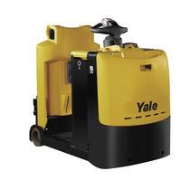 Tracteur électrique / à 3 roues / à conducteur porté debout / de remorquage