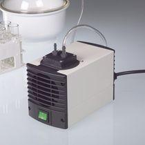 Pompe à vide à membrane / sans huile / mono-étagée / à faible niveau de bruit