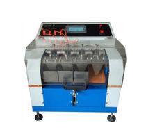 Machine de test d'étanchéité / pour le cuir
