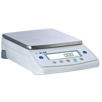 Balances de précision / compteuse / avec afficheur LCD / avec masse de calibration externe