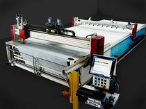Machine de découpe pour tissus / laser / CNC