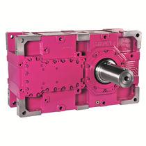 Réducteur à engrenage hélicoïdal / à arbres parallèles / pour fortes charges / haute puissance
