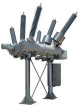 Appareillage de commutation primaire / haute tension / isolé au gaz / hybride