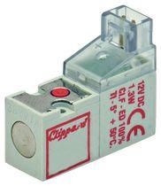 Distributeur pneumatique actionné par solénoïde / 3/2 voies / à ressort de rappel / normalement fermé