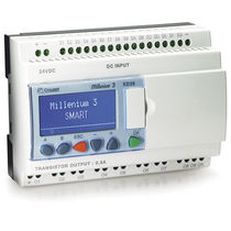 Automate programmable sur rail DIN / entrées analogiques / avec cartes d'E/S extensible