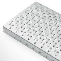 Caillebotis en métal / tôle / antidérapant