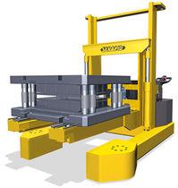 Gerbeur électrique / à conducteur accompagnant / pour la manutention des outils de presse