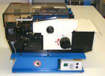 Machine de mise en forme de composants électroniques axiaux