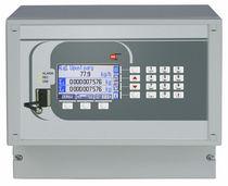 Calculateur de débit pour liquides et gaz