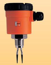 Détecteur de niveau à lames vibrantes / pour liquide / fileté