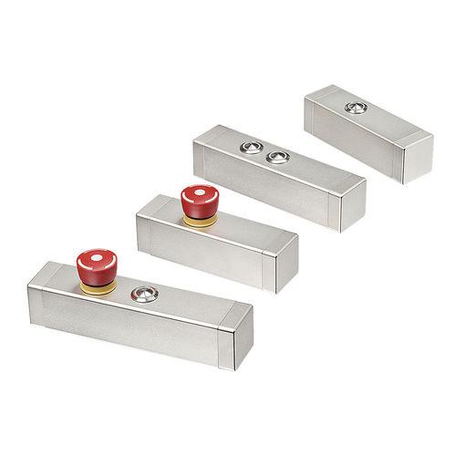 boîtier compact / rackable / rectangulaire / en inox