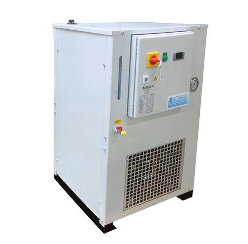 refroidisseur d'eau / pour l'industrie agroalimentaire / de laboratoire / pour applications hydrauliques