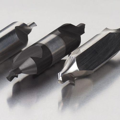 foret monobloc / pour acier / en acier rapide / à 2 dents