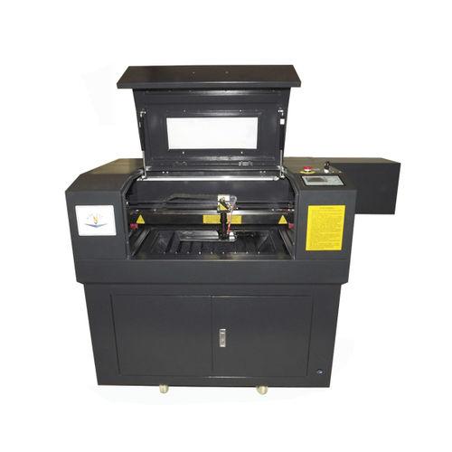 Machine de découpe de métal / laser CO2 / CNC NC-4060 Jinan Nice-Cut Mechanical Equipment Co., Ltd.